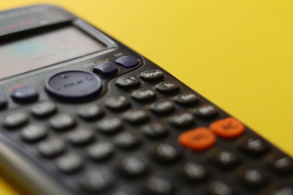 От чего зависит стоимость CRM-системы для бизнеса